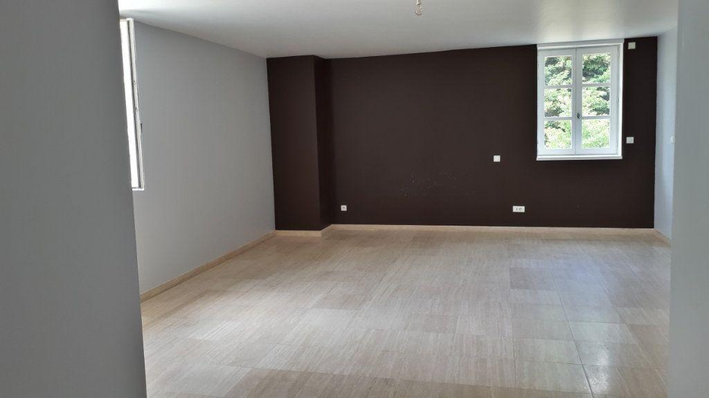 Maison à vendre 18 546.54m2 à Montélimar vignette-5