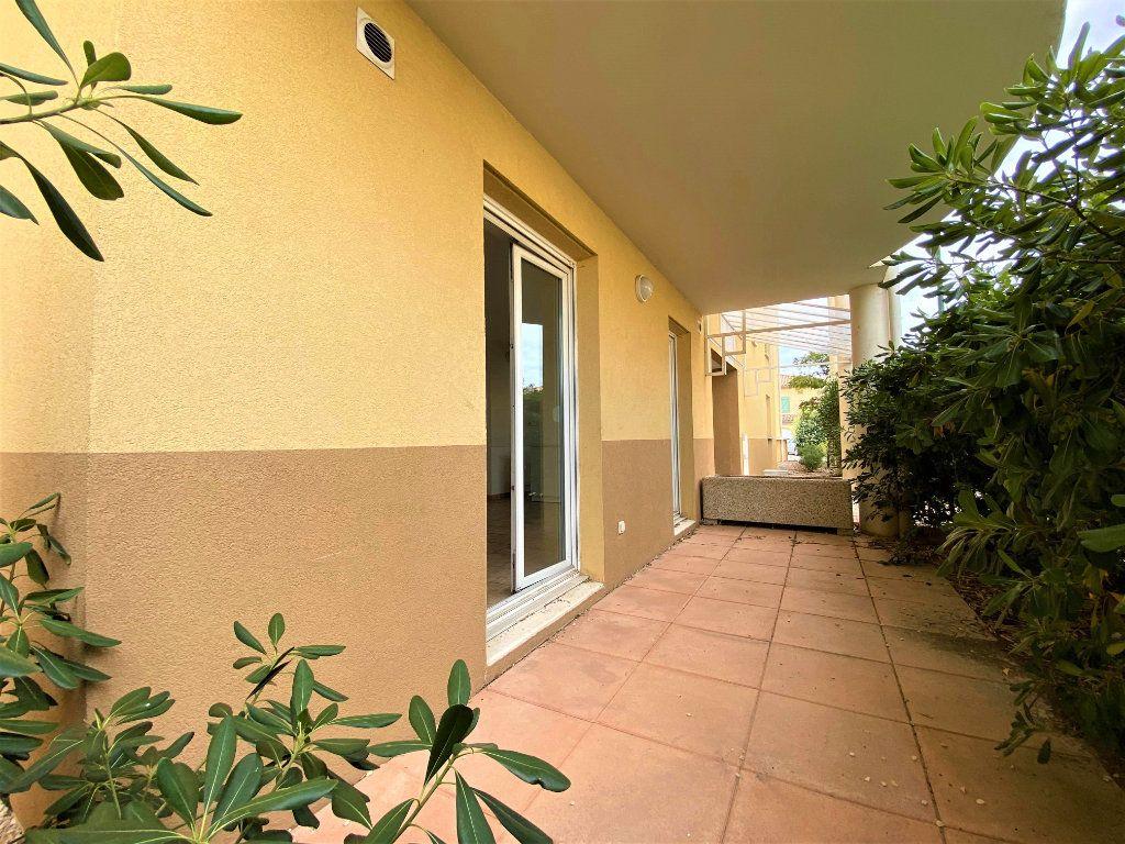 Appartement à vendre 2 39m2 à Montélimar vignette-2