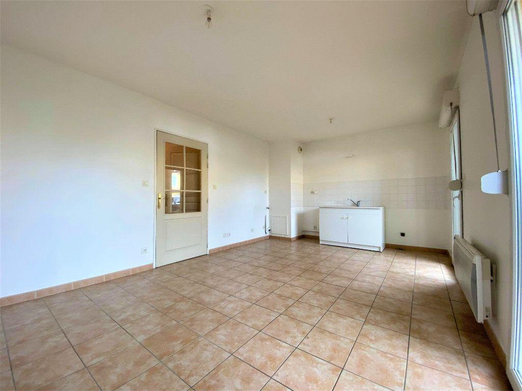 Appartement à vendre 2 39m2 à Montélimar vignette-3