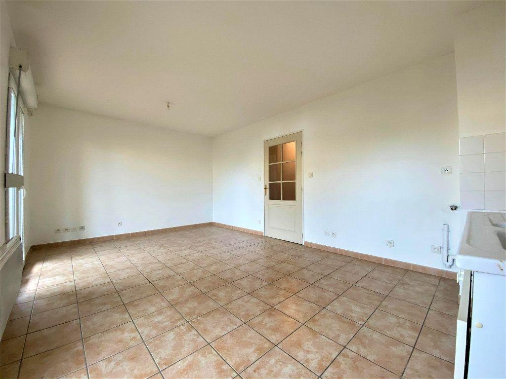Appartement à vendre 2 39m2 à Montélimar vignette-4