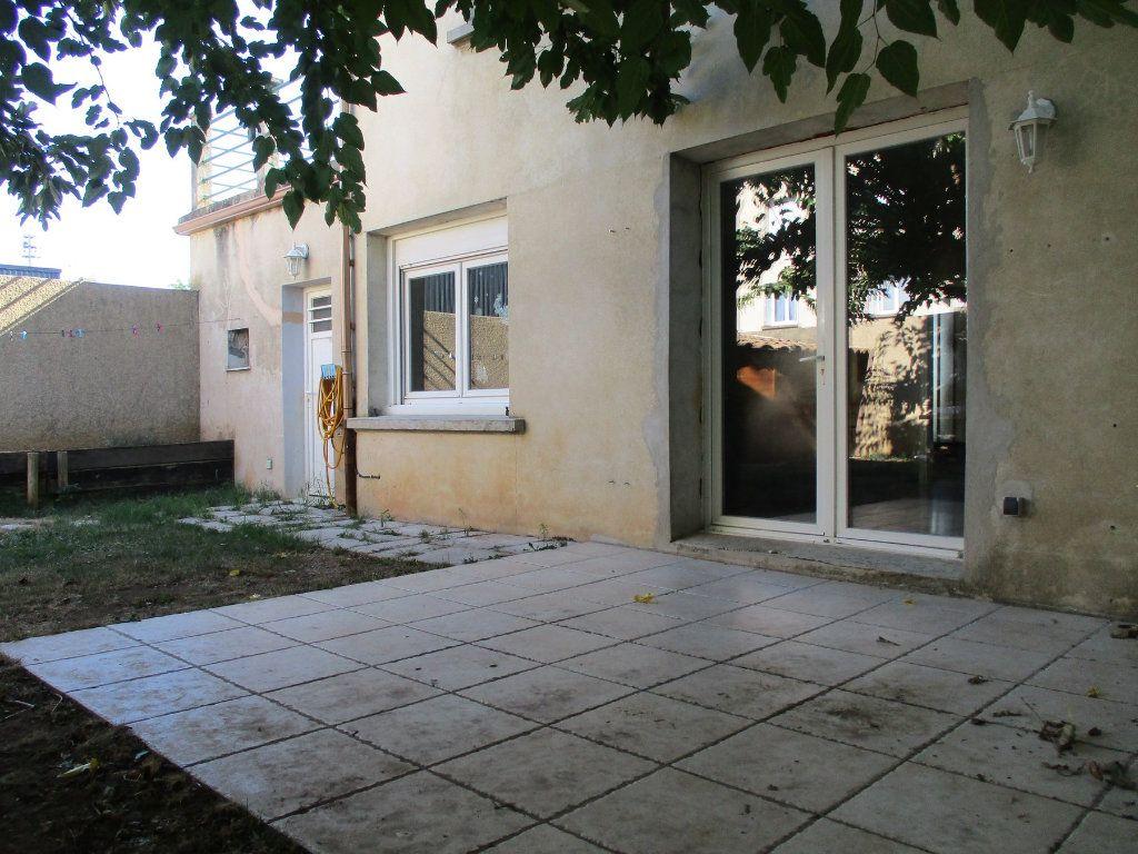 Maison à vendre 5 120m2 à Montélimar vignette-2