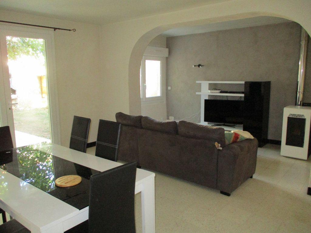 Maison à vendre 5 120m2 à Montélimar vignette-3