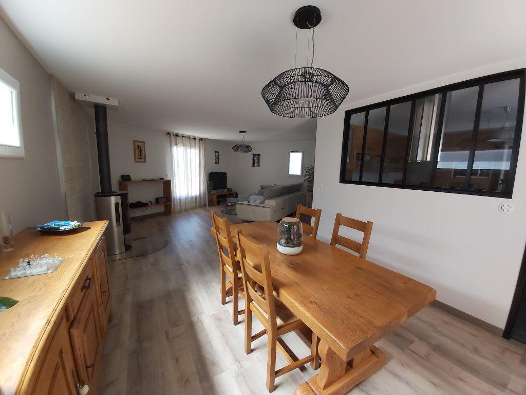 Maison à vendre 5 121m2 à Montélimar vignette-4