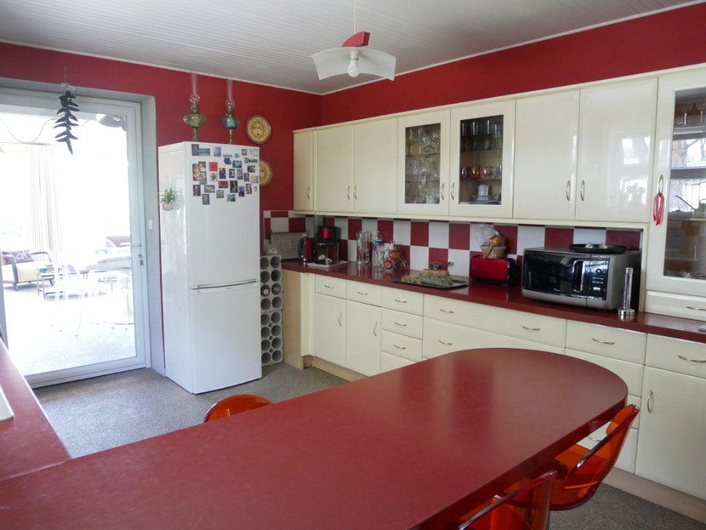 Maison à vendre 5 156m2 à Montélimar vignette-10