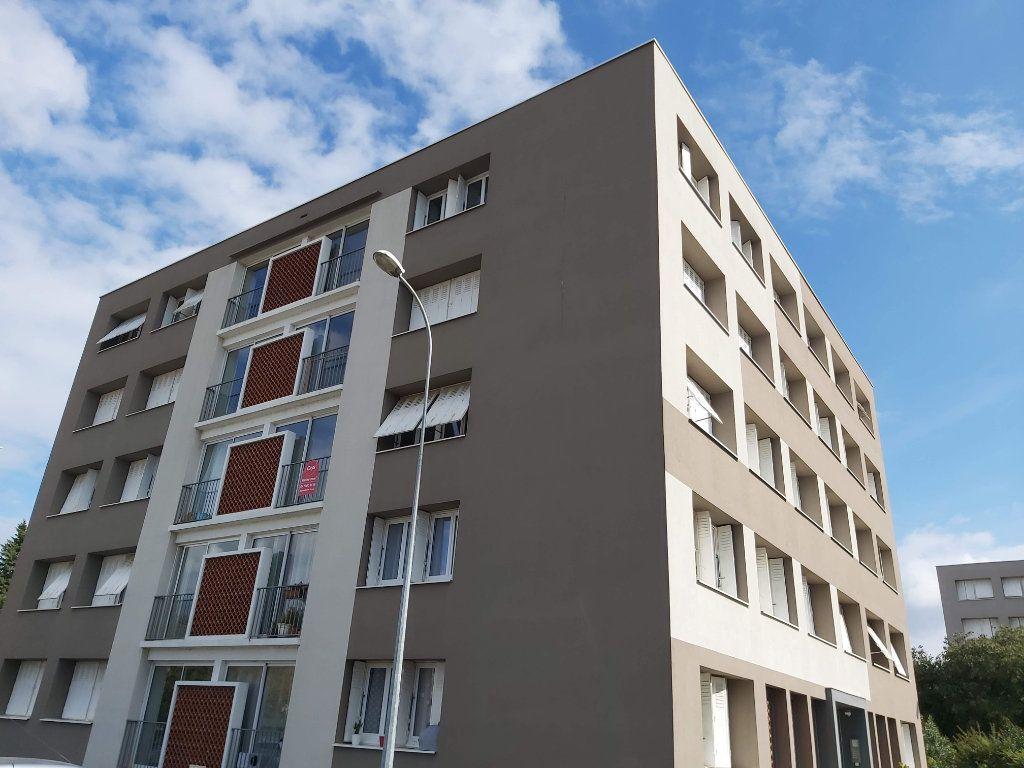 Appartement à vendre 3 62.59m2 à Montélimar vignette-1