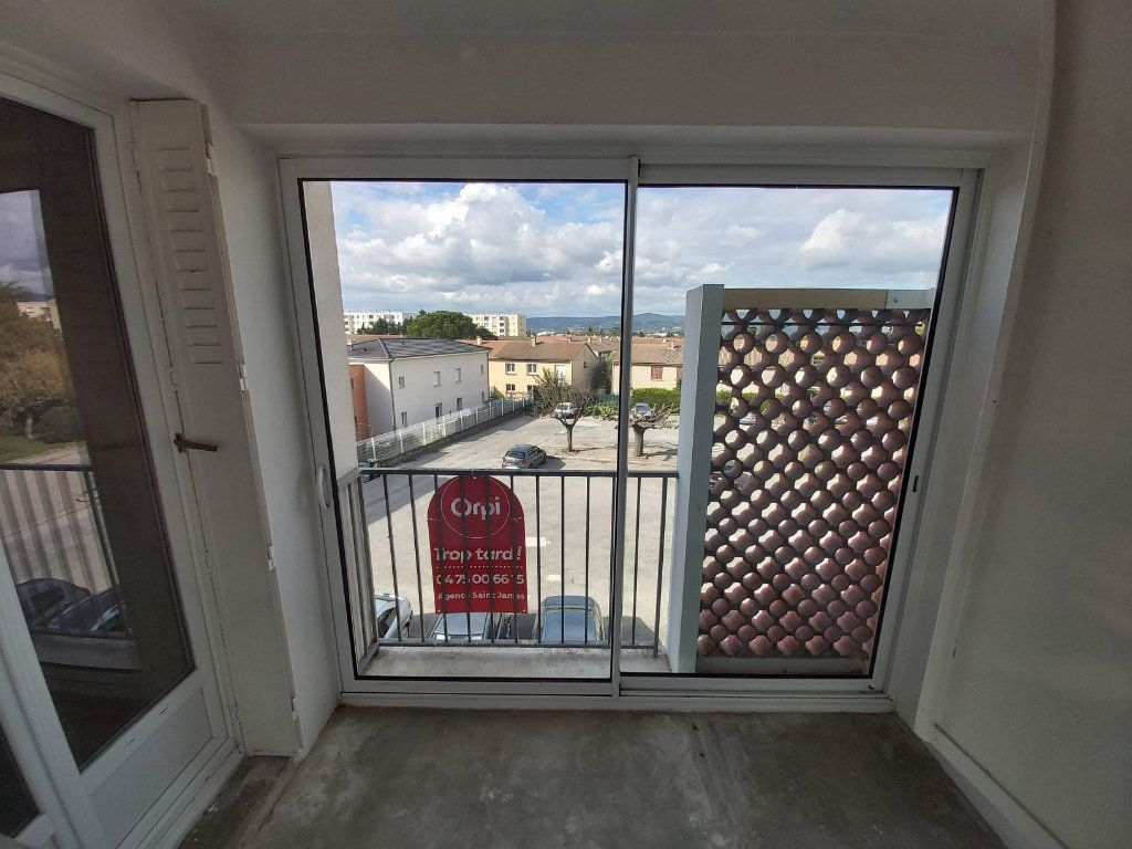 Appartement à vendre 3 62.59m2 à Montélimar vignette-4