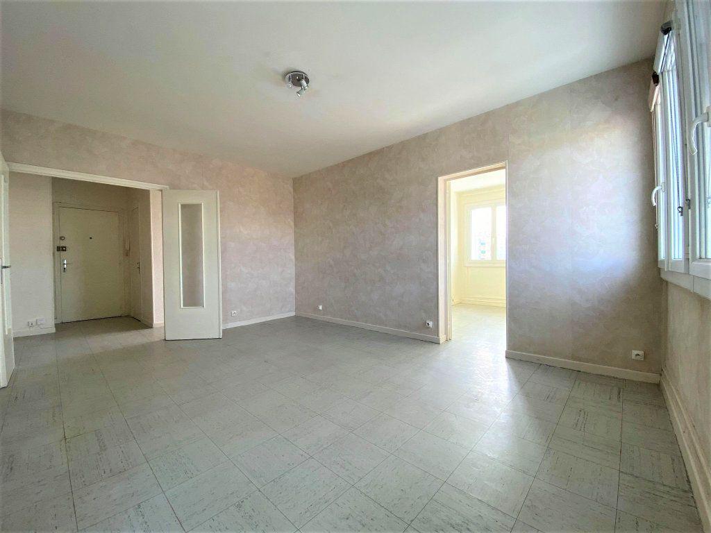 Appartement à vendre 3 62.59m2 à Montélimar vignette-6