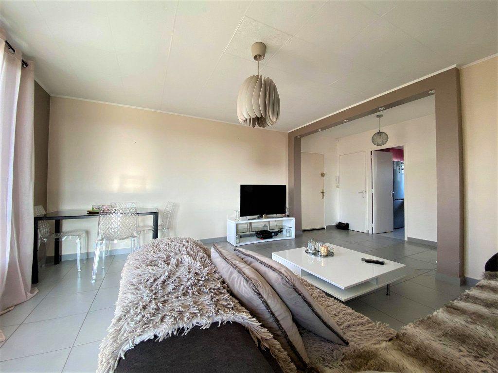 Appartement à vendre 3 73m2 à Montélimar vignette-8