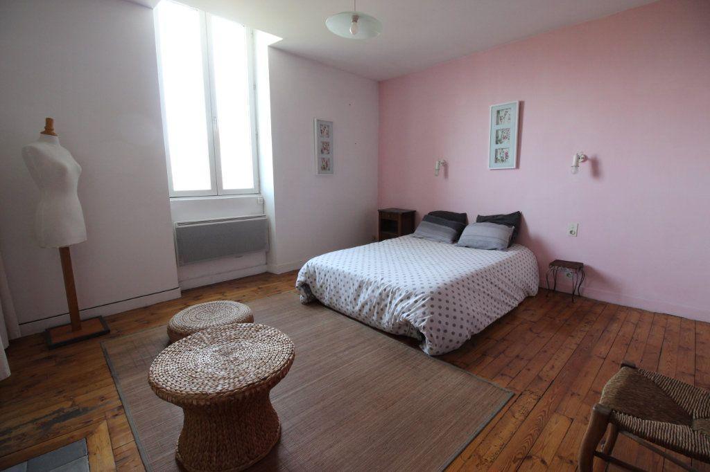 Appartement à vendre 3 67.84m2 à Montélimar vignette-2