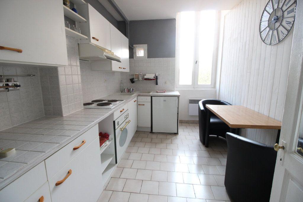 Appartement à vendre 3 67.84m2 à Montélimar vignette-4