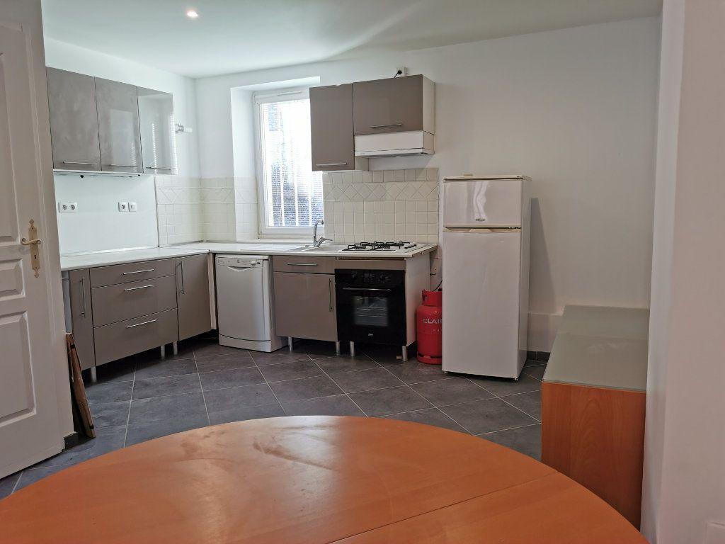 Maison à vendre 3 60m2 à Montélimar vignette-2