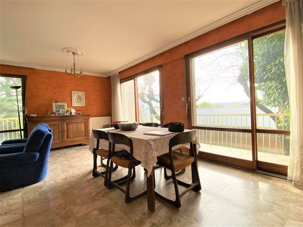 Maison à vendre 7 153m2 à Montélimar vignette-3