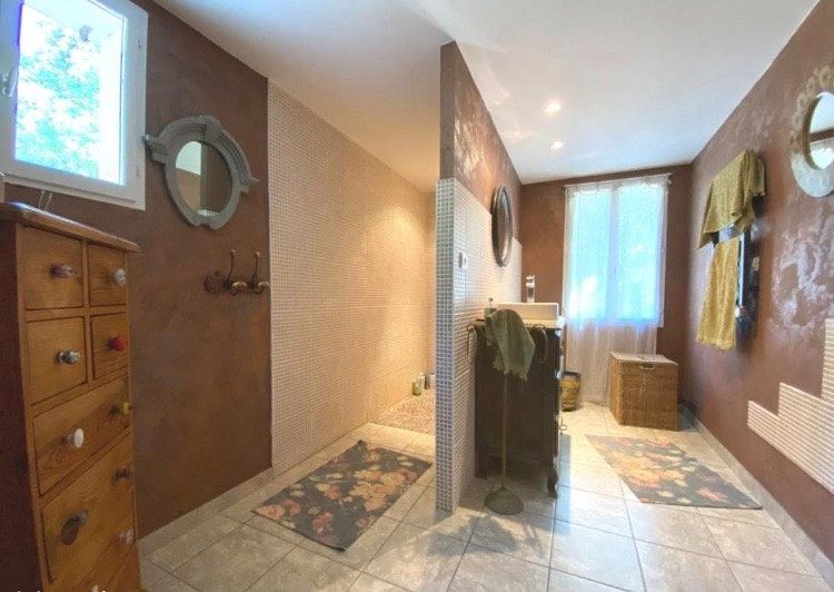Maison à vendre 8 332m2 à La Garde-Adhémar vignette-9