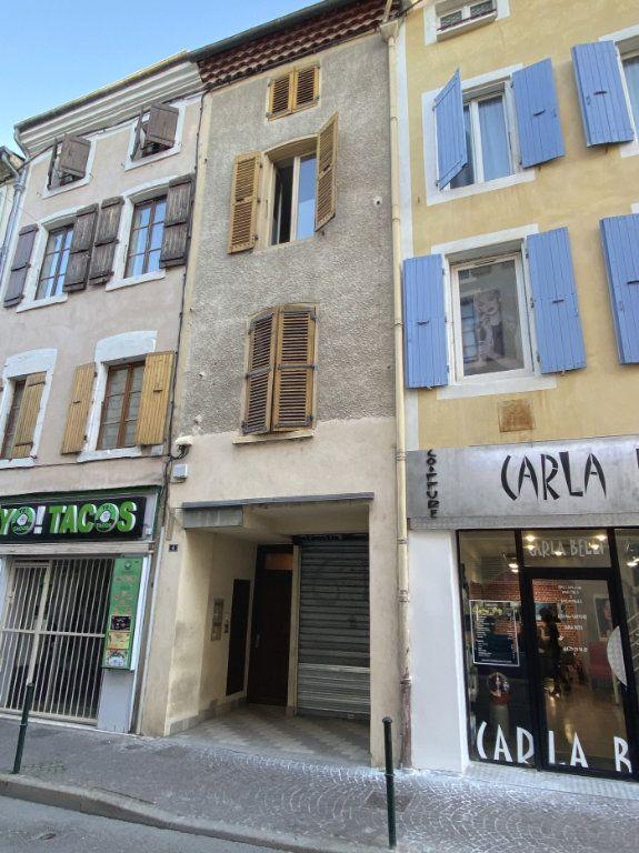 Immeuble à vendre 0 154m2 à Montélimar vignette-1