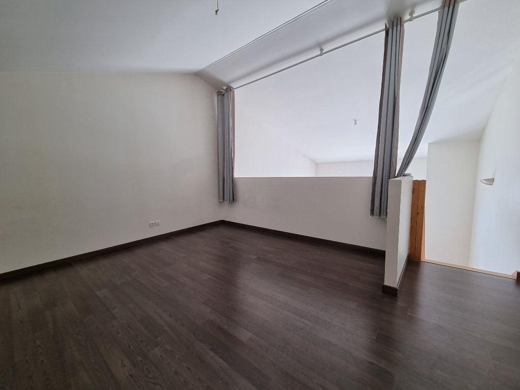 Maison à vendre 4 100m2 à Montélimar vignette-2