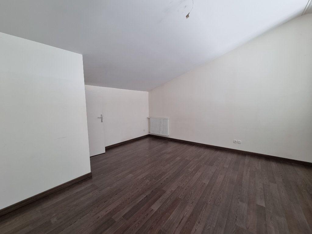 Maison à vendre 4 100m2 à Montélimar vignette-3