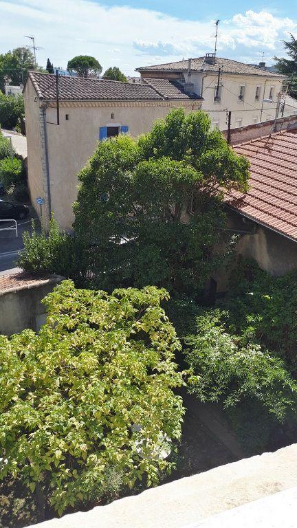 Appartement à vendre 3 65m2 à Montélimar vignette-1