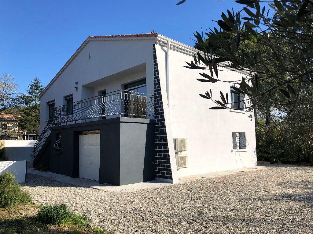 Maison à louer 5 102m2 à Malataverne vignette-11