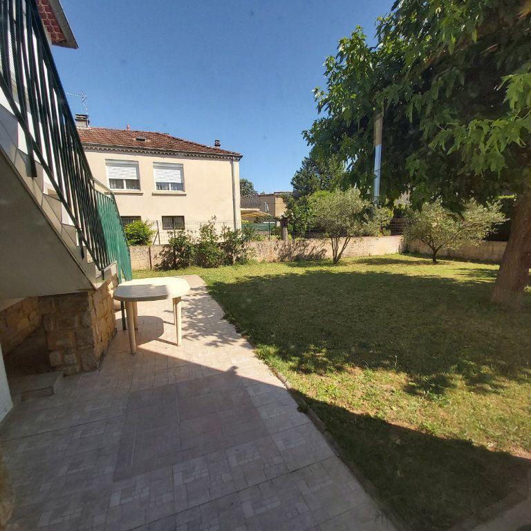Maison à louer 6 120m2 à Montélimar vignette-5