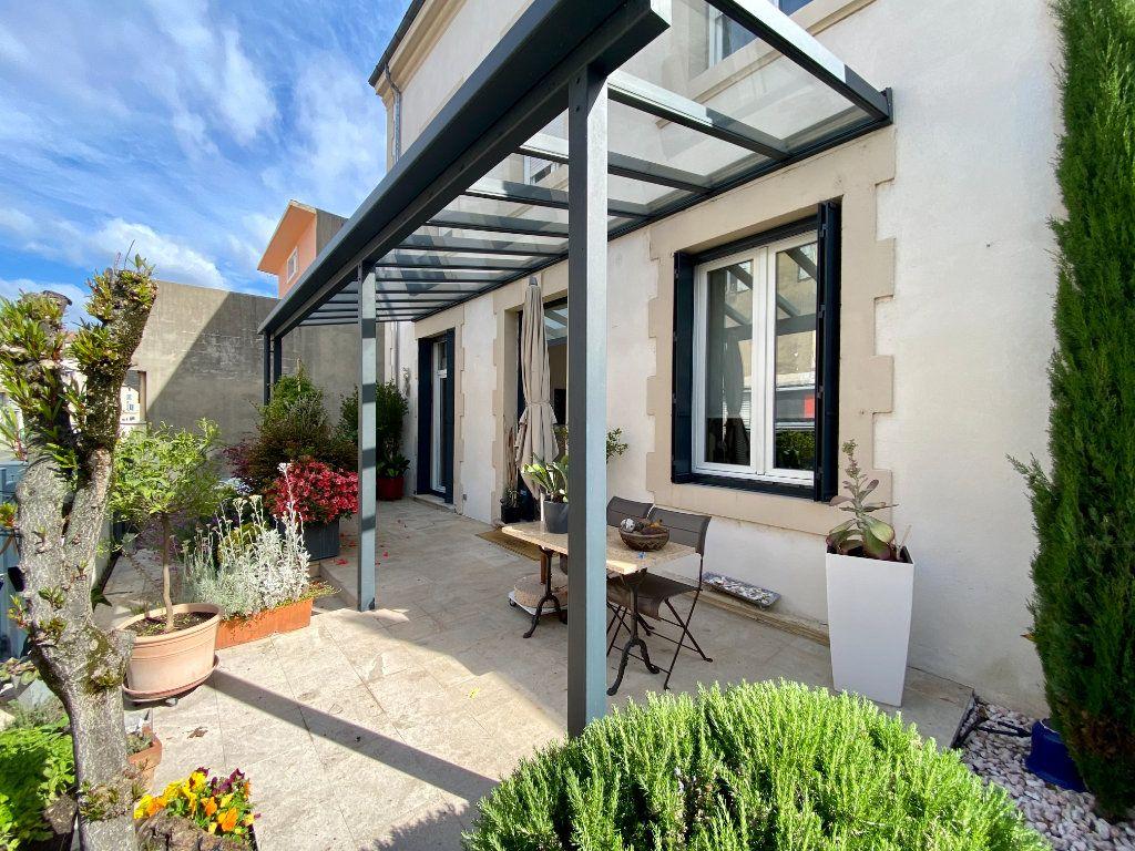 Maison à vendre 6 175m2 à Montélimar vignette-1