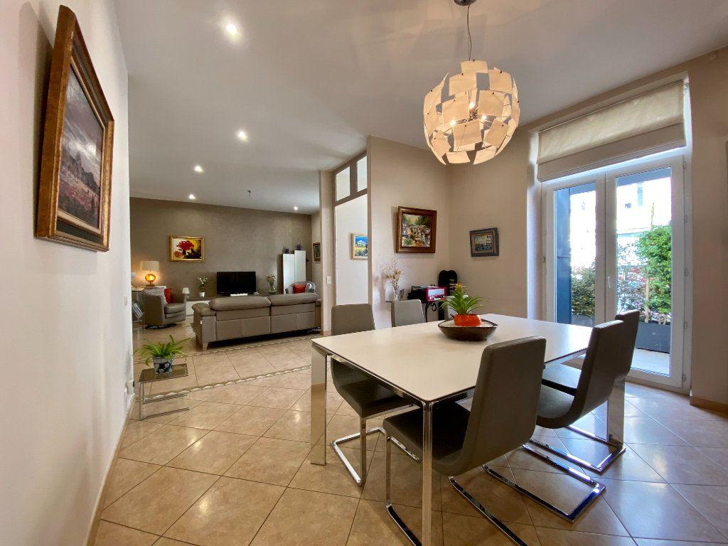 Maison à vendre 6 175m2 à Montélimar vignette-4