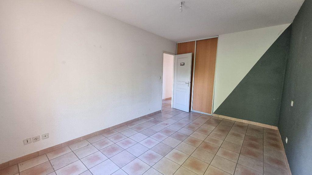 Maison à vendre 4 104.91m2 à Montélimar vignette-3