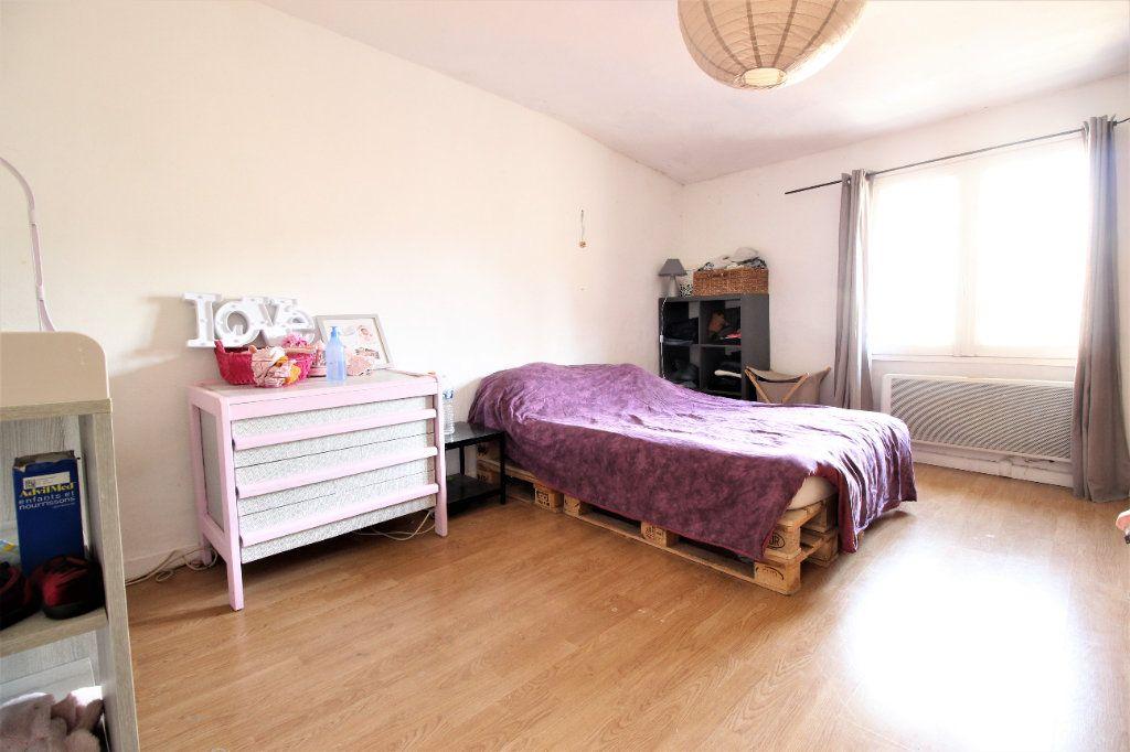 Maison à louer 3 75m2 à Viviers vignette-4