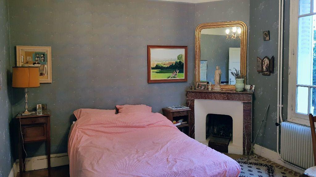 Maison à vendre 9 173.8m2 à Montélimar vignette-8