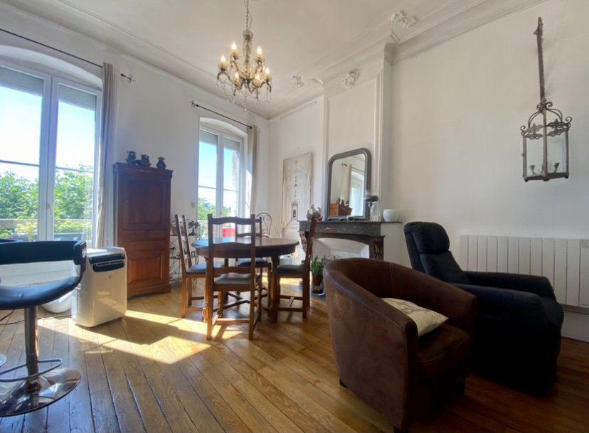 Appartement à vendre 2 79m2 à Montélimar vignette-1