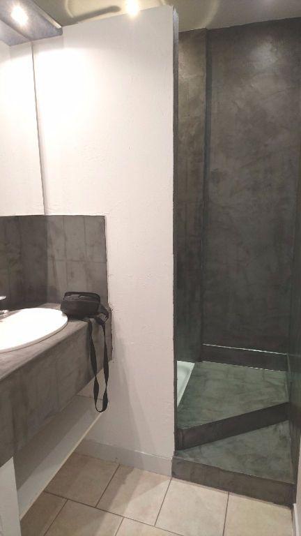 Appartement à louer 1 28.25m2 à Montélimar vignette-3