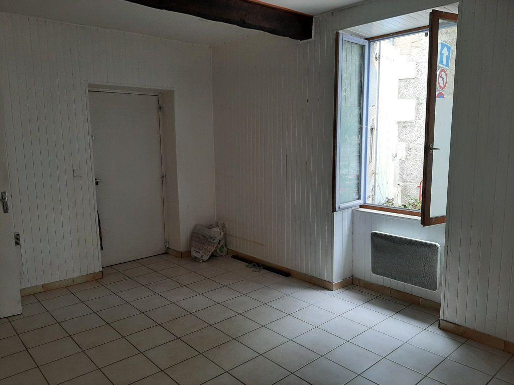 Appartement à louer 1 25m2 à Allan vignette-1