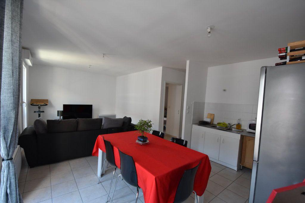 Appartement à vendre 2 47m2 à Aubenas vignette-1