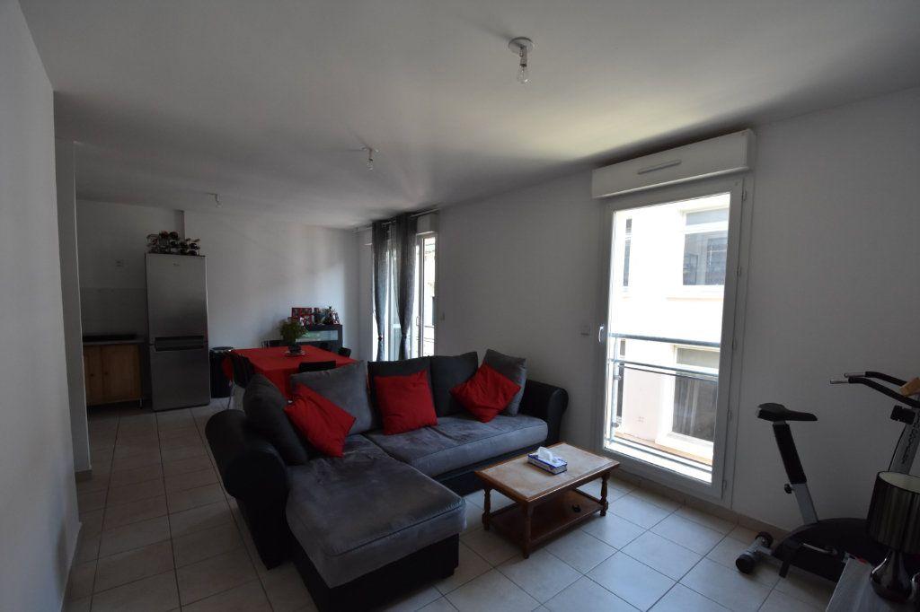 Appartement à vendre 2 47m2 à Aubenas vignette-2