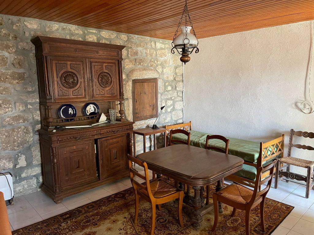 Maison à vendre 10 208m2 à Lablachère vignette-3