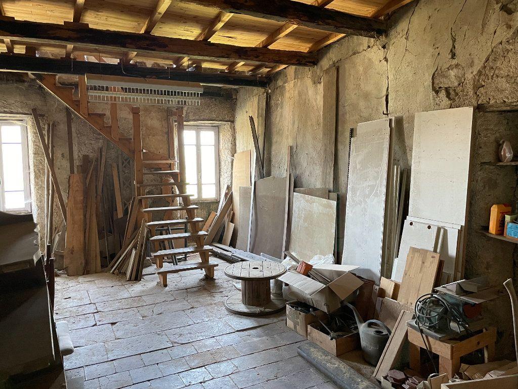 Maison à vendre 10 208m2 à Lablachère vignette-7