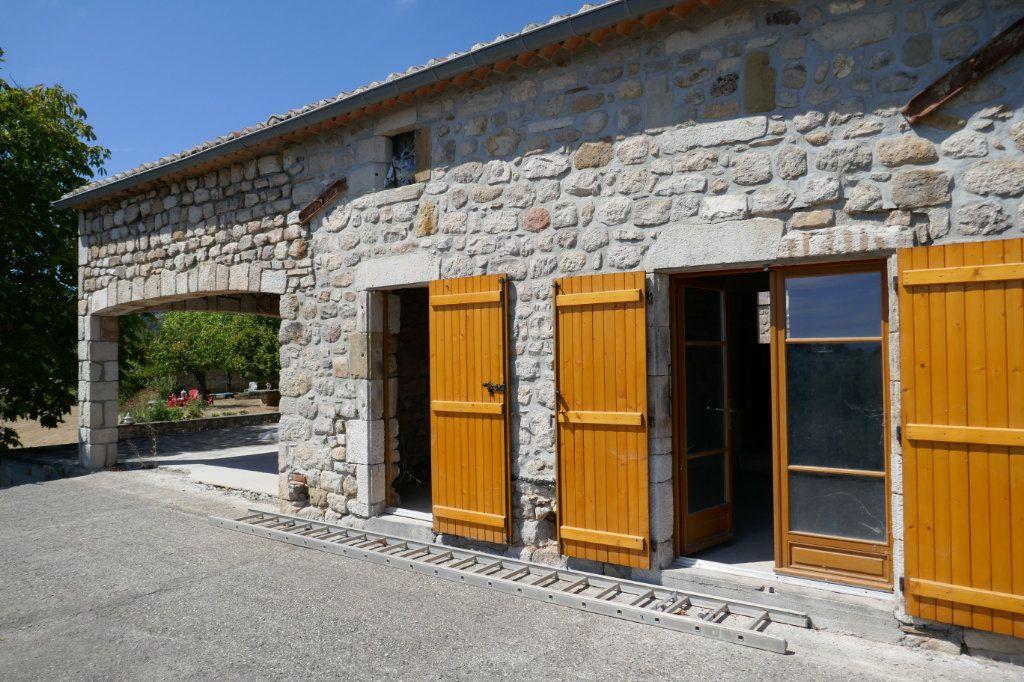 Maison à vendre 12 235m2 à Saint-Genest-de-Beauzon vignette-8