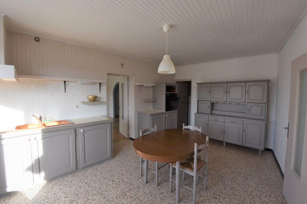 Maison à vendre 12 235m2 à Saint-Genest-de-Beauzon vignette-14