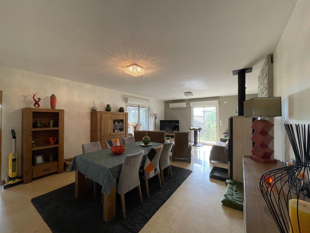 Maison à vendre 8 195m2 à Lablachère vignette-1