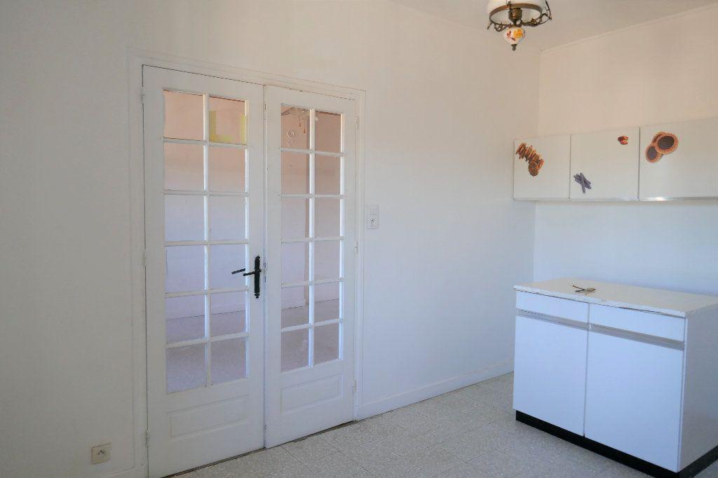 Appartement à vendre 3 94m2 à Joyeuse vignette-5