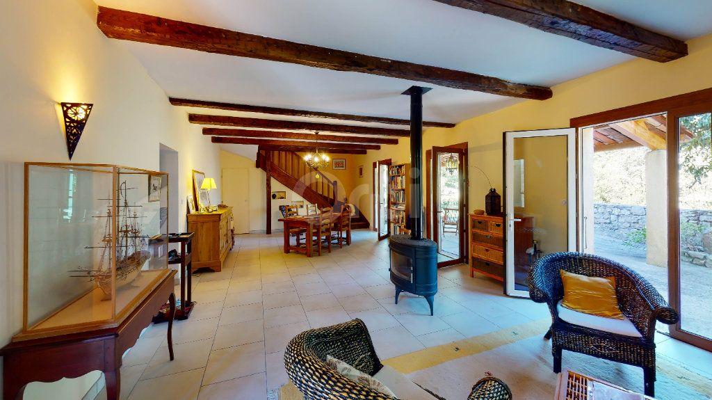 Maison à vendre 12 270m2 à Saint-André-de-Cruzières vignette-3