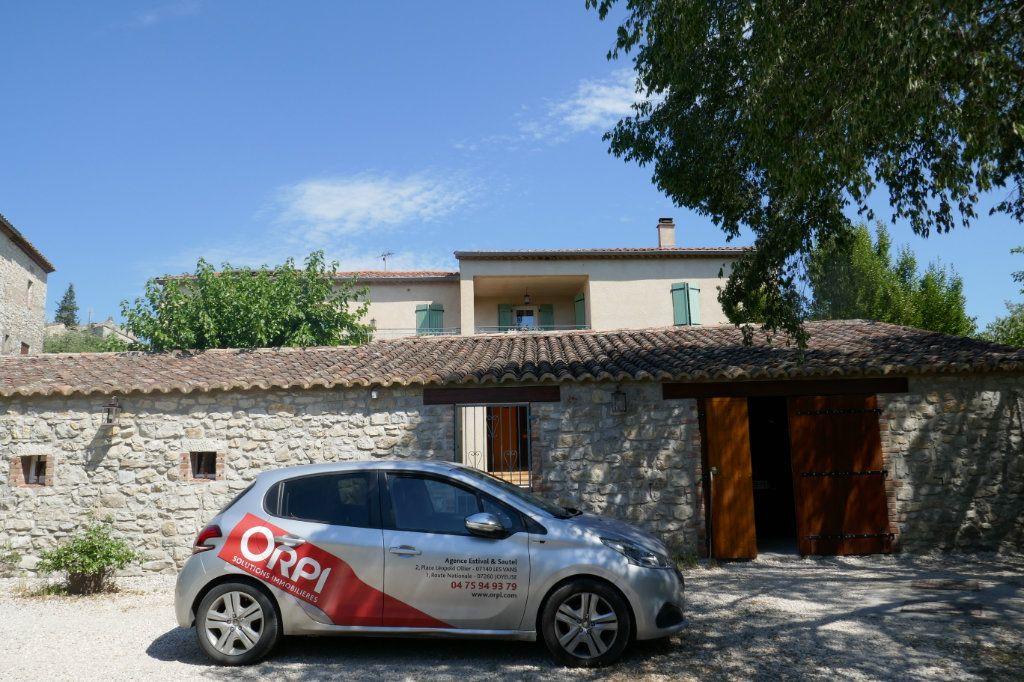 Maison à vendre 12 270m2 à Saint-André-de-Cruzières vignette-13