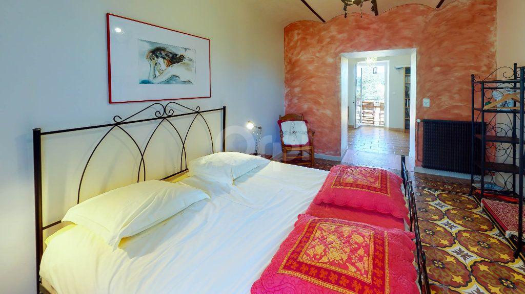 Maison à vendre 12 270m2 à Saint-André-de-Cruzières vignette-17
