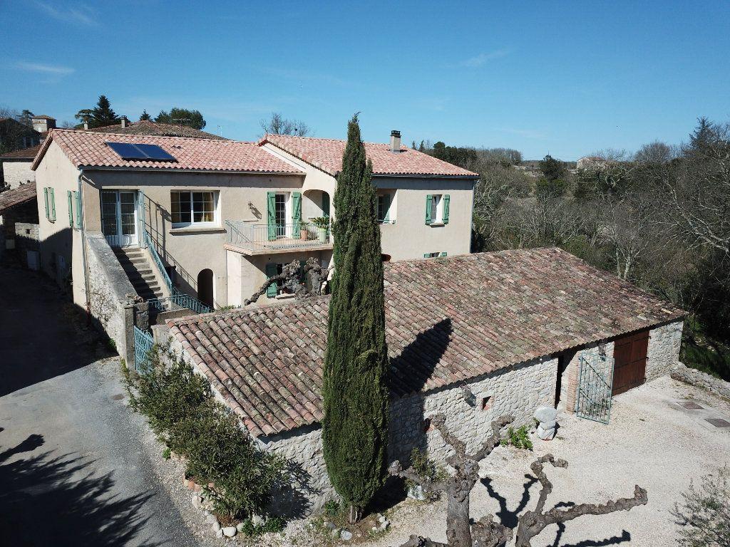 Maison à vendre 12 270m2 à Saint-André-de-Cruzières vignette-18