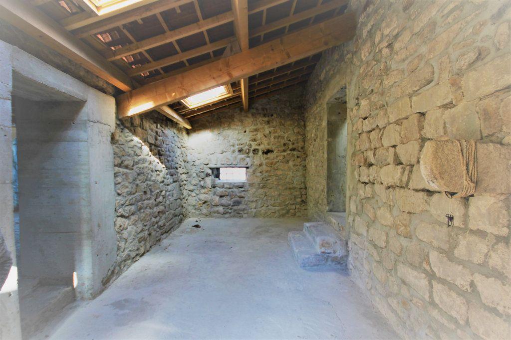 Maison à vendre 6 140m2 à Les Vans vignette-4