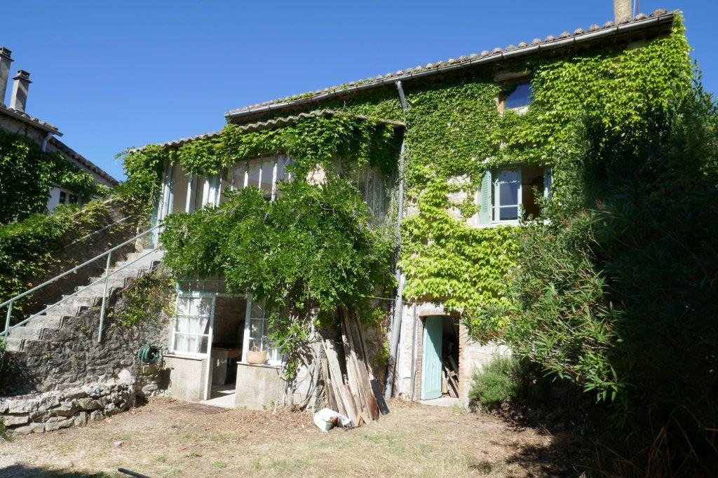 Maison à vendre 6 161m2 à Saint-André-de-Cruzières vignette-1
