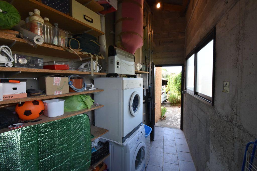 Maison à vendre 4 103m2 à Saint-Alban-Auriolles vignette-11