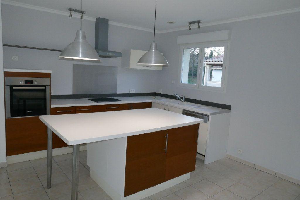 Maison à vendre 4 100m2 à Gagnières vignette-4