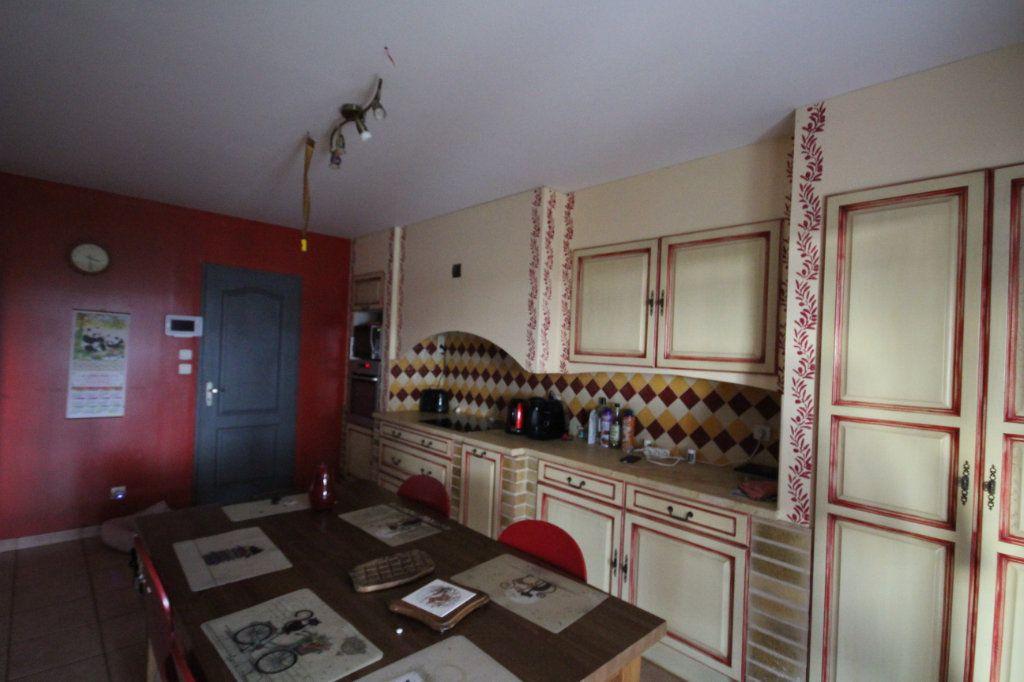 Maison à vendre 8 177m2 à Banne vignette-9