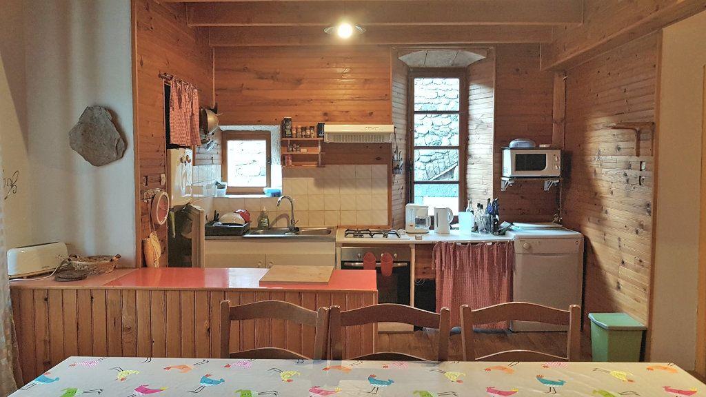 Maison à vendre 13 279m2 à Chassiers vignette-6