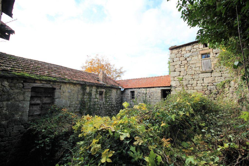 Maison à vendre 12 170m2 à Sainte-Marguerite-Lafigère vignette-3